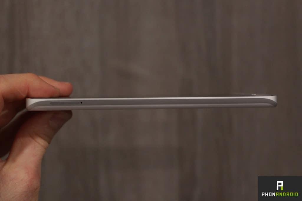 Xiaomi Mi5 côté gauche