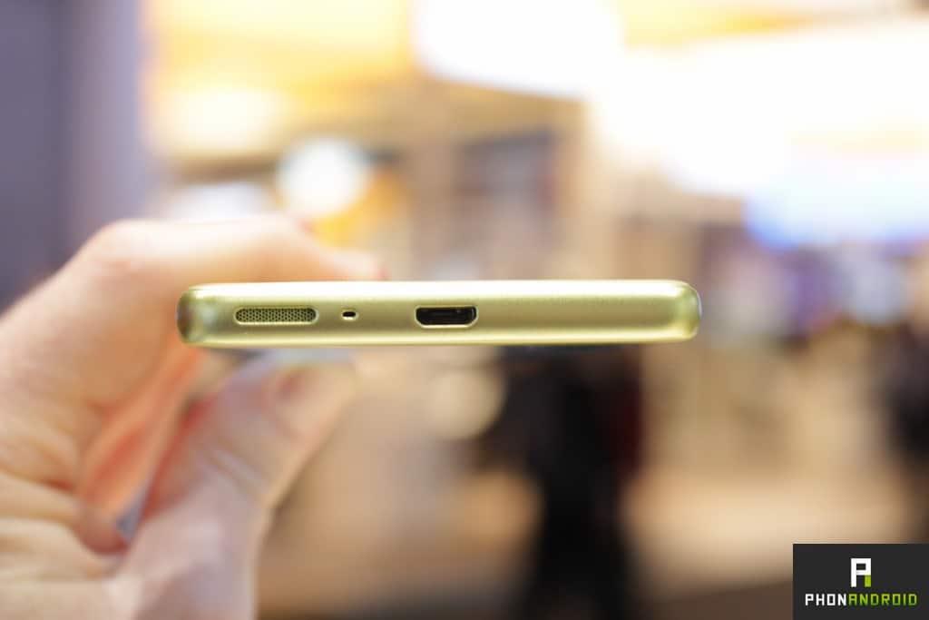Sony Xperia XA USB