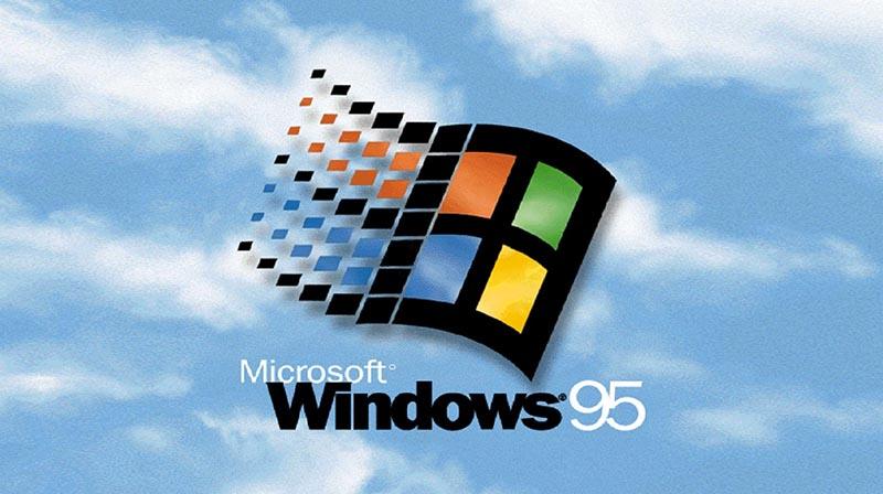 Windows 95 : des adolescents découvrent ce système pour la première fois