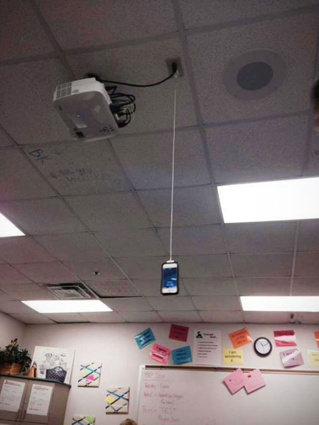chargeur-smartphone-insolite3