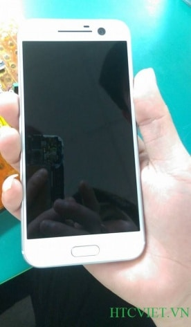 HTC 10 en blanc