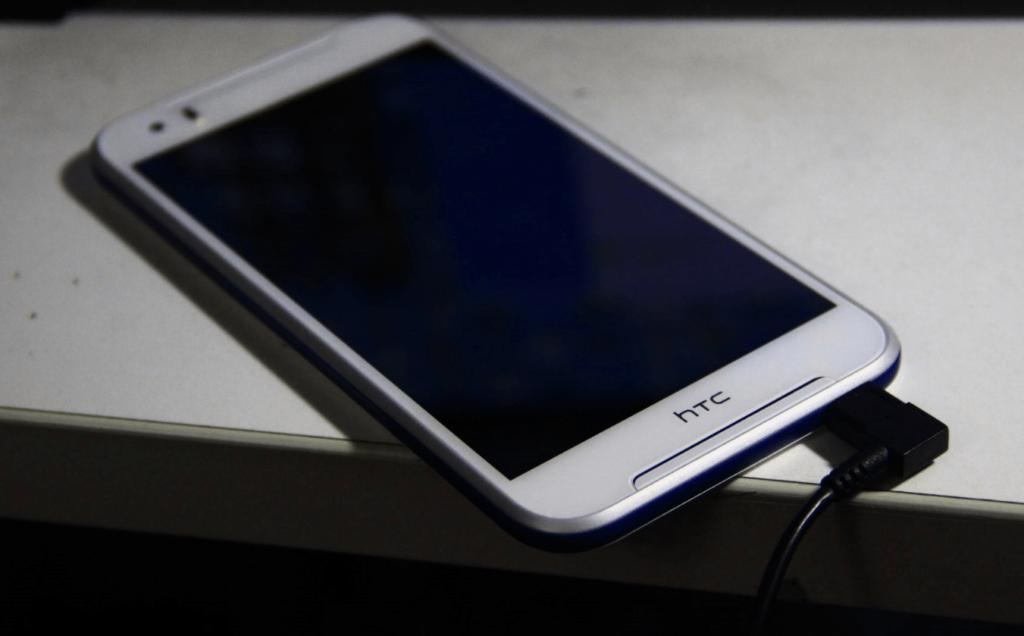 HTC830