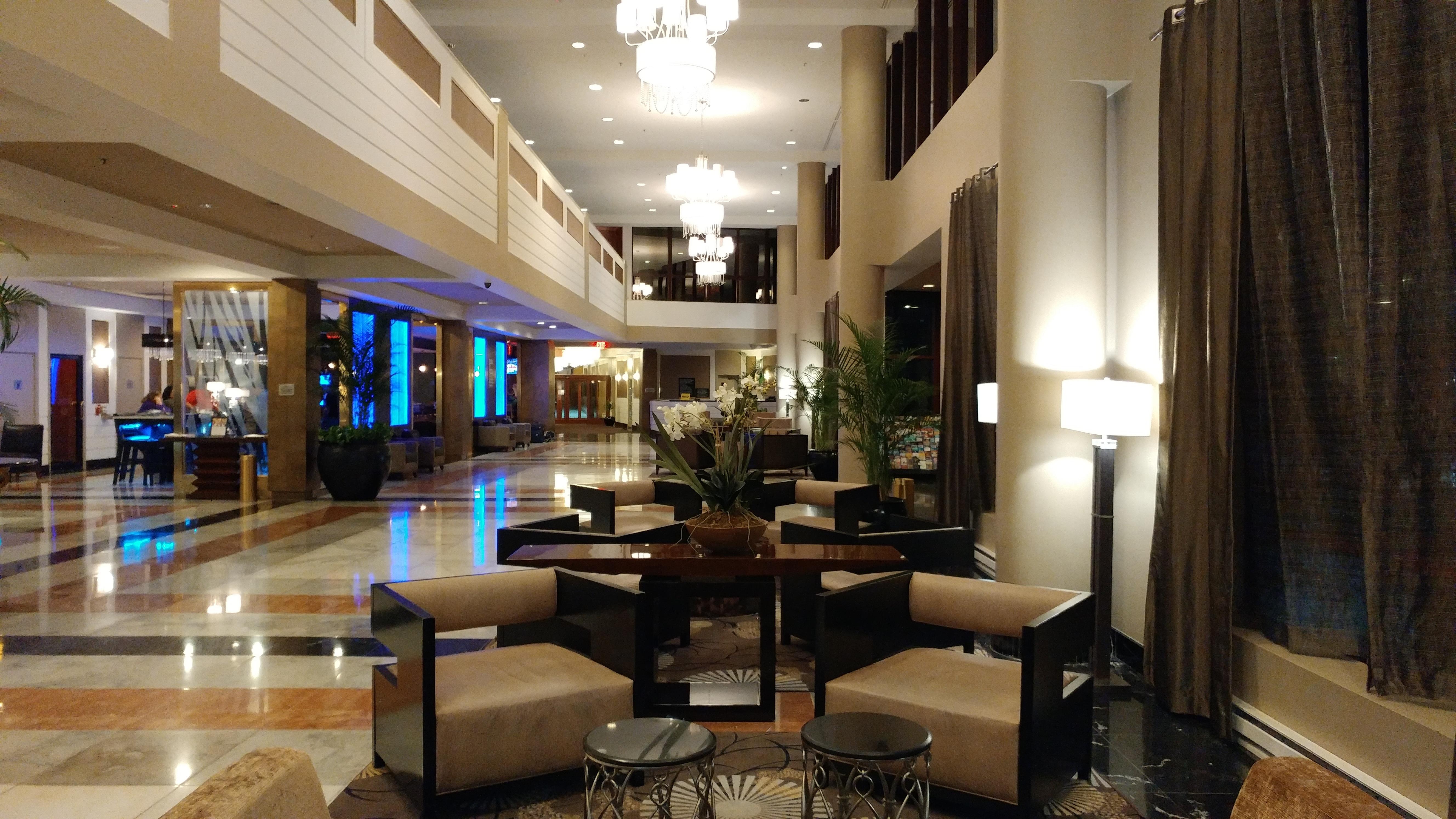 Comparatif photos en basse luminosit htc 10 vs galaxy for Comparatif hotel