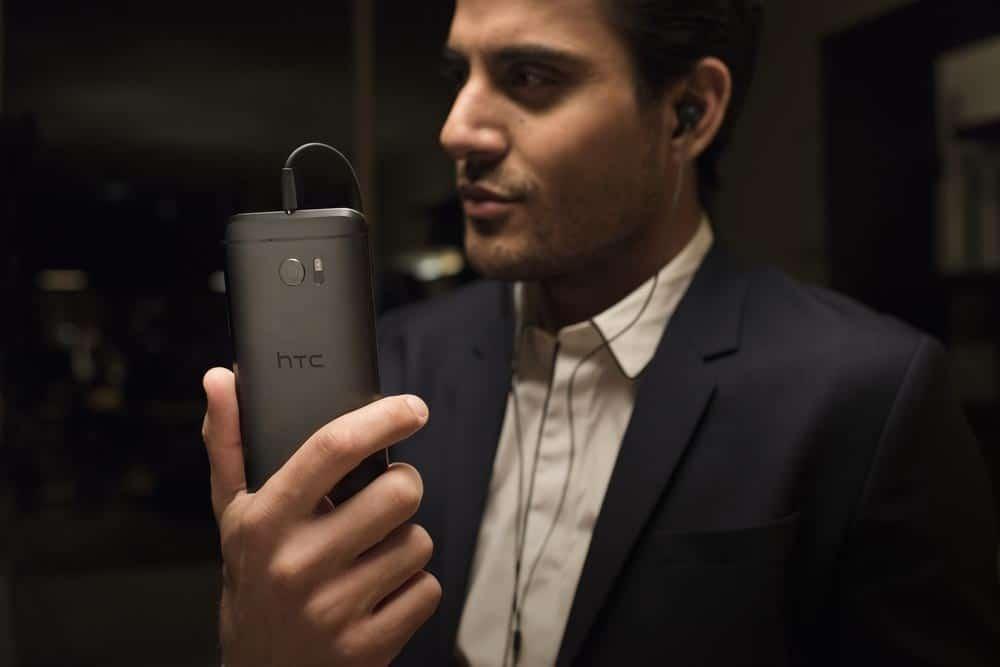 prix du HTC 10