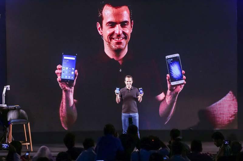 Hugo Barra présente le Xiaomi Mi5 français