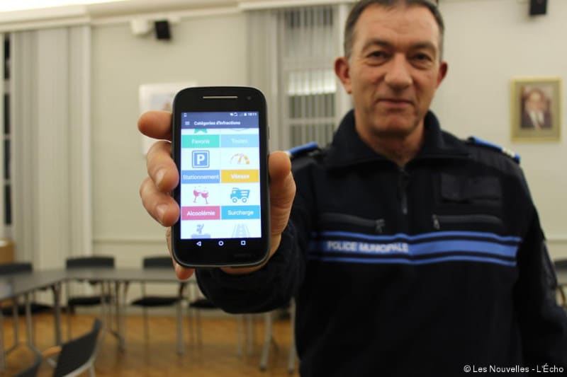 police smartphones tablettes