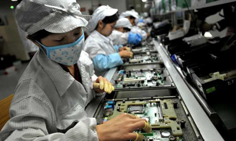 Samsung va automatiser la production de ses smartphones.