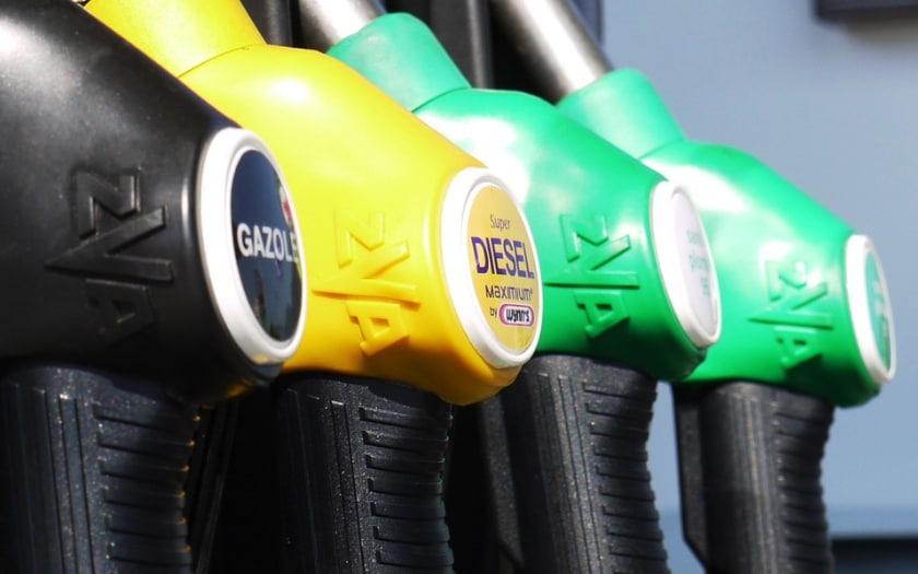 Prix de l essence   les applications pour trouver du carburant pas ... 9a60482eeaab