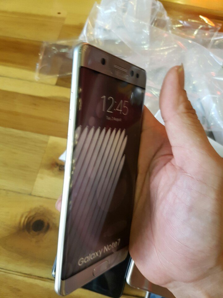 galaxy-note-7-unboxing-01