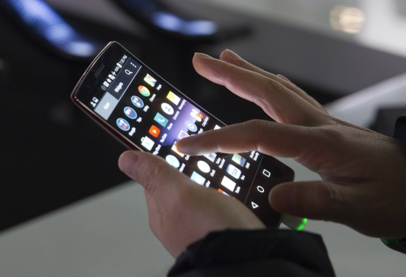 smartphone recharger utiliser reve