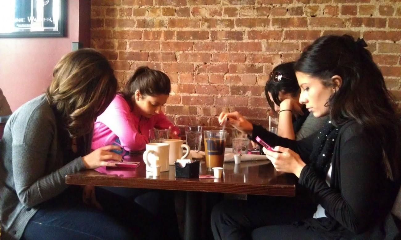 smartphone restaurant