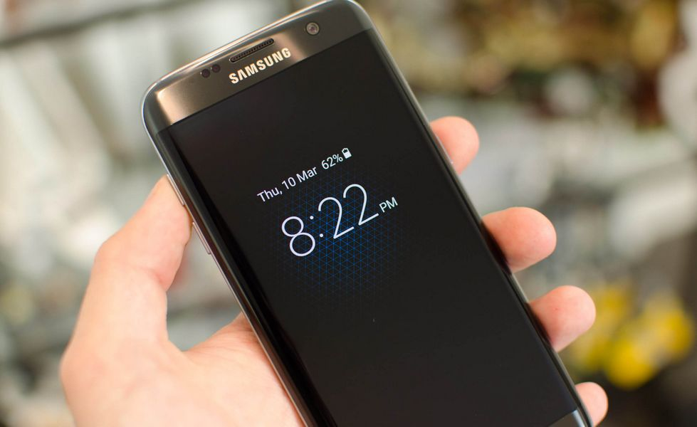 Écrans AMOLED : 50% des smartphones équipés en 2020, l'invasion se prépare !