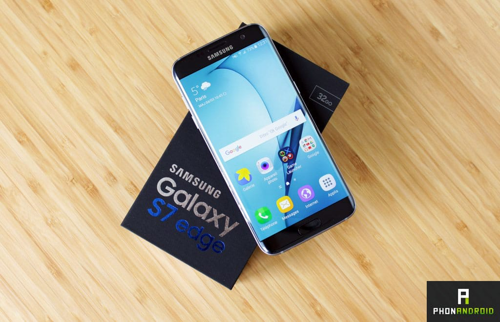 S7 edge smartphone borderless