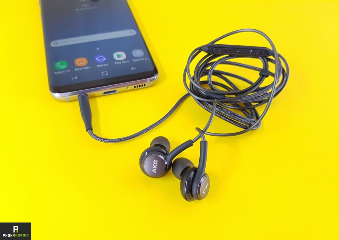 test samsung galaxy s8 ecouteurs akg