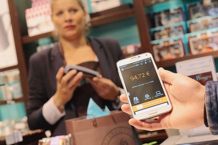 Faites vos paiements en ligne grâce à la reconnaissance vocale