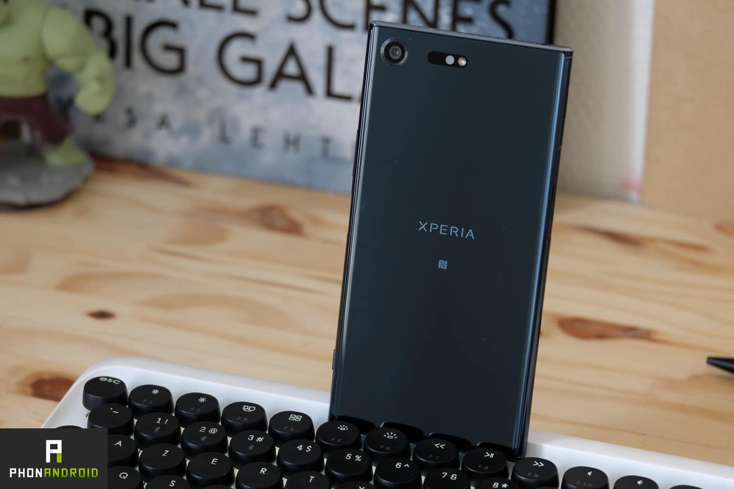 test sony xperia xz premium design back
