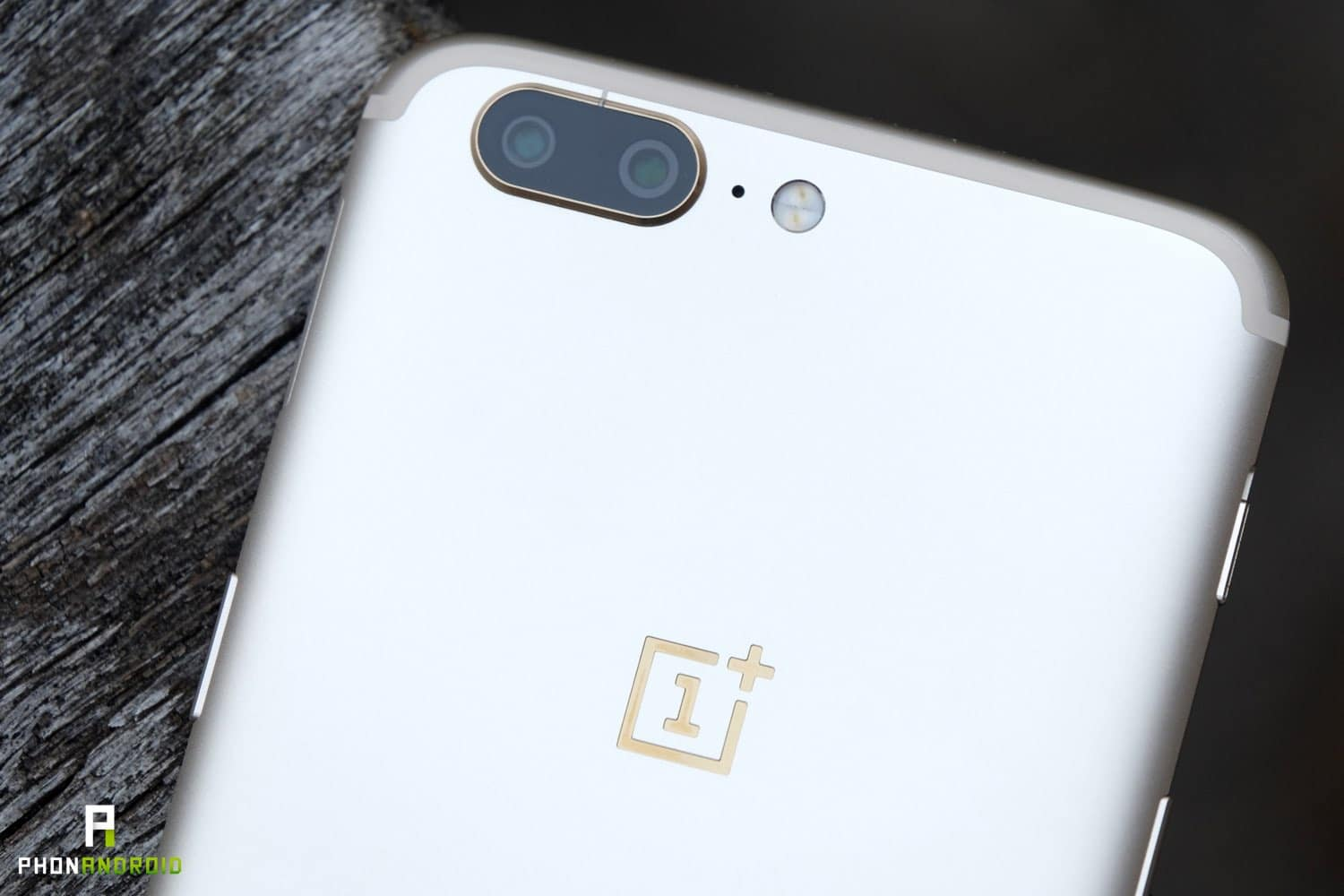 oneplus 5 gold design appareil photo