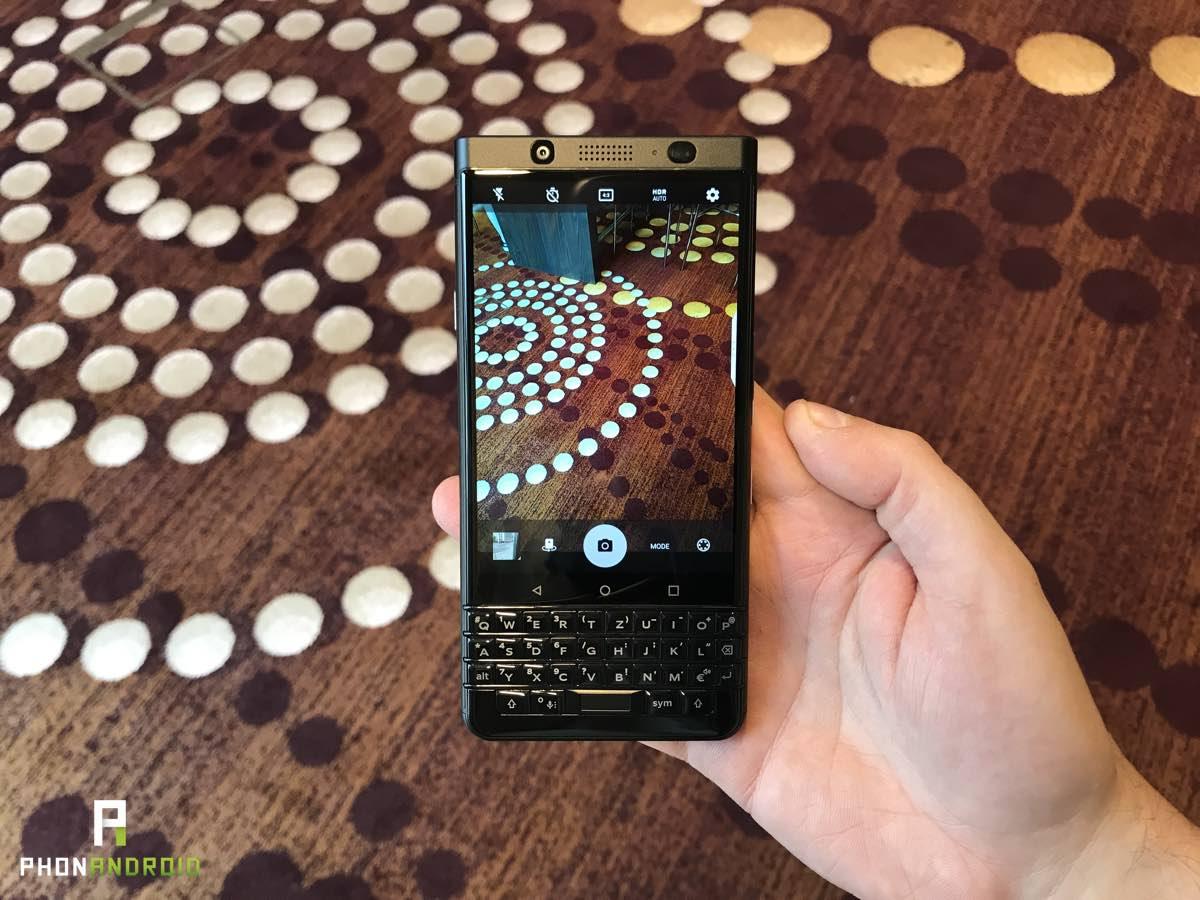 blackberry black edition prise en main