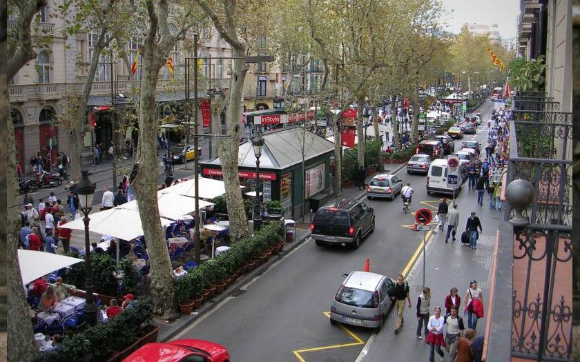 Attentat Facebook: Attentat à Barcelone : Facebook Déclenche Le Safety Check