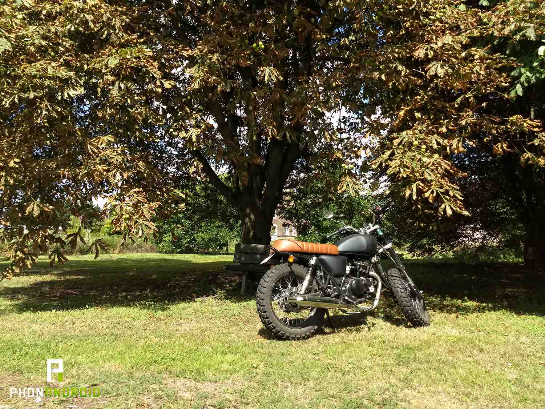 test moto z2 play photo 2