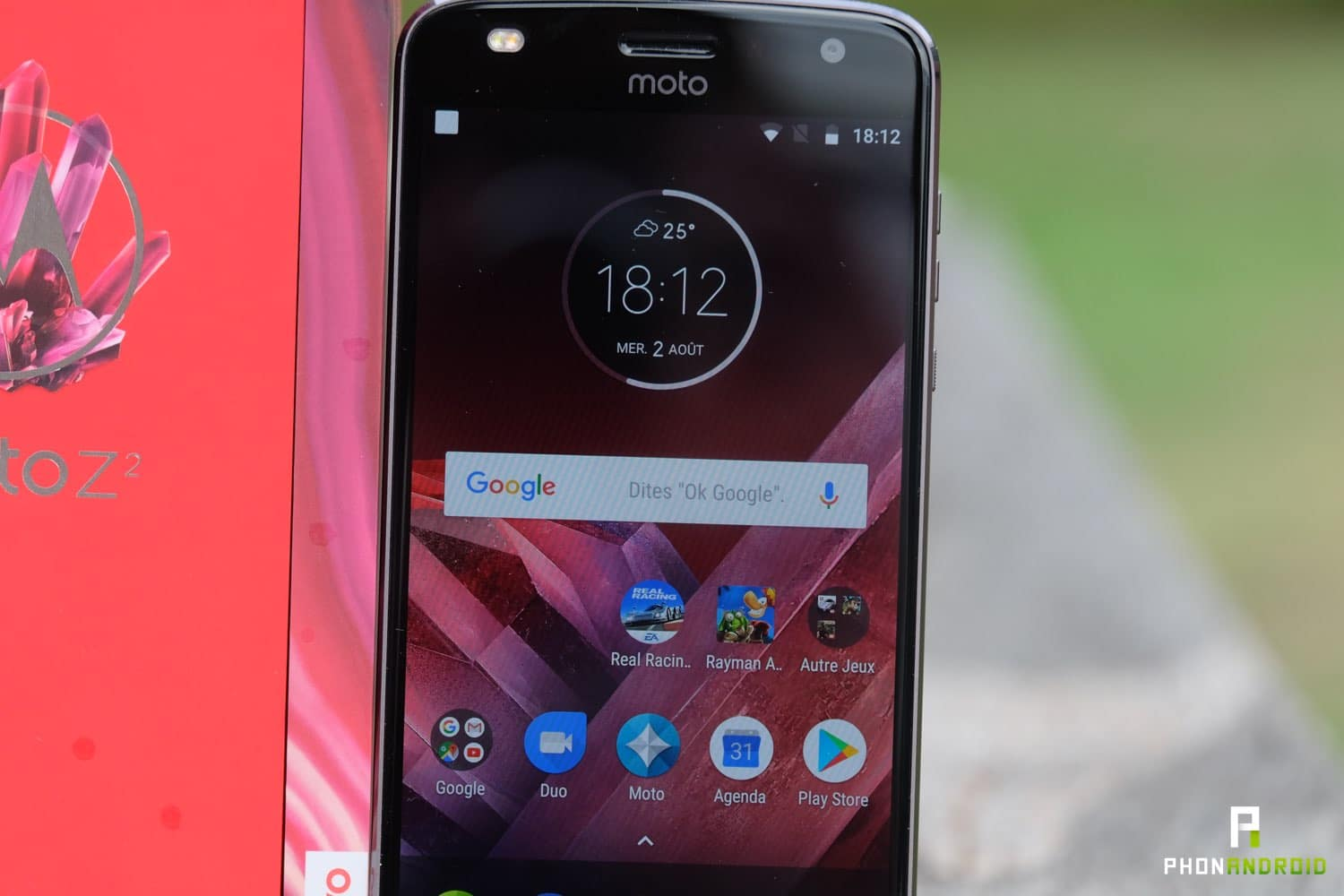 test moto z2 play ecran