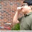 lunettes connectées insolite contrôler smartphone gratter nez