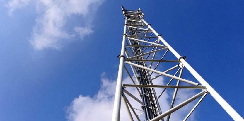 arcep autorise orange recycler 3G 4G fréquence 2,1 GHz