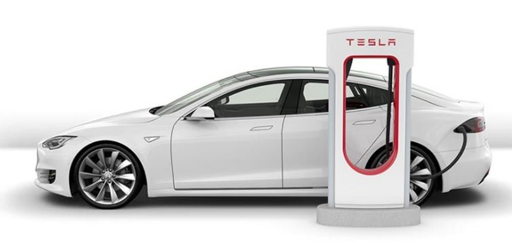 tesla station recharge superchargeur