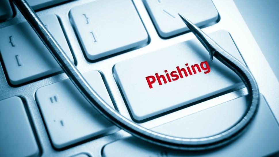 email ministère piratage