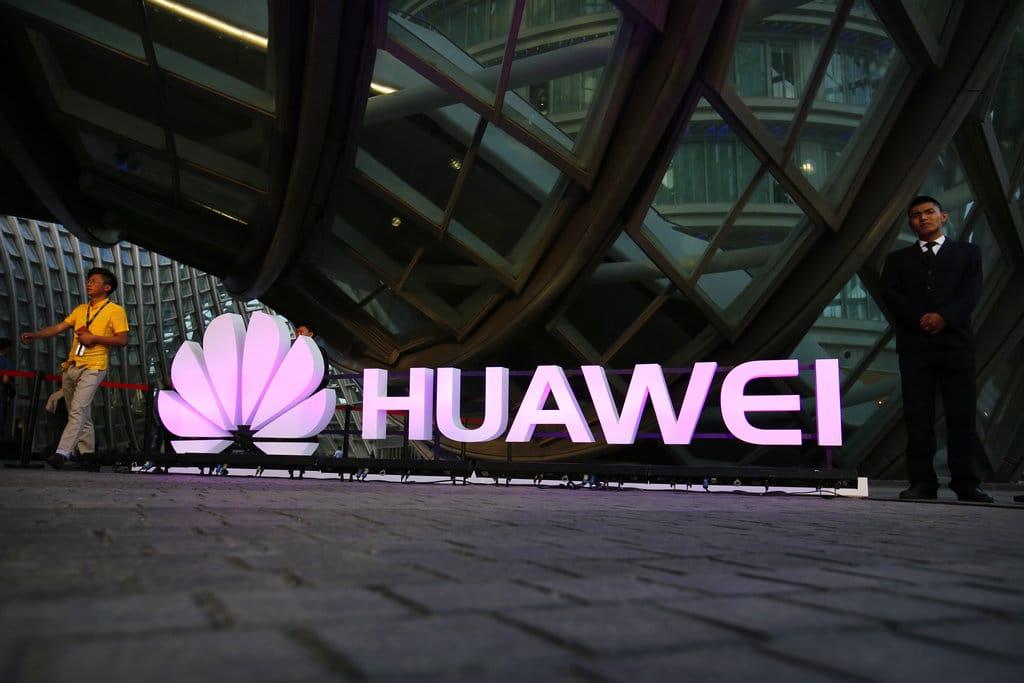 huawei banni etats unis gouvernement chinois voit rouge