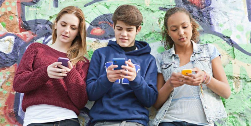 sans smartphone ados heureux