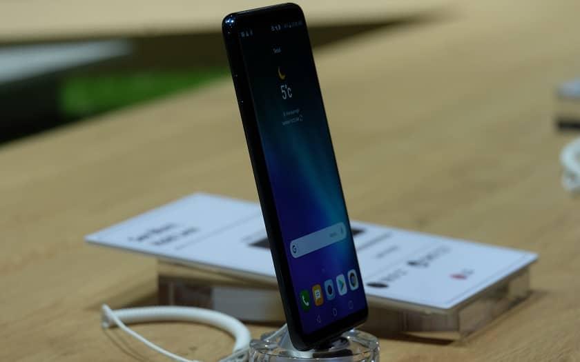 LG V30S ThinQ - design
