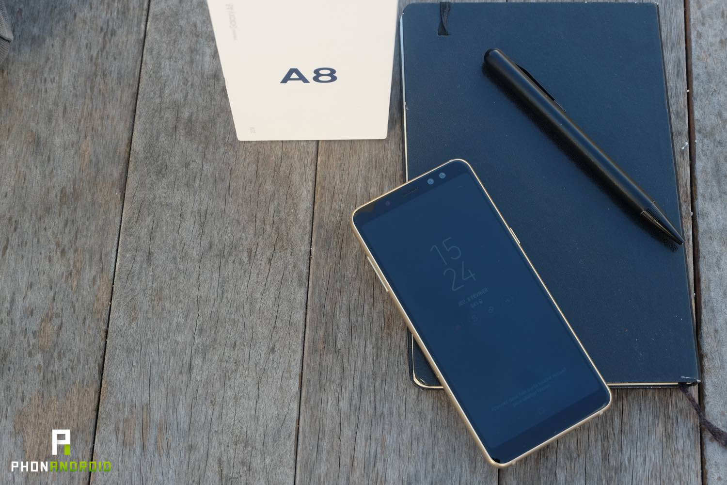 test samsung galaxy a8 design ecran