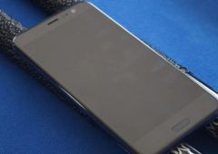HTC U12 Plus design 9