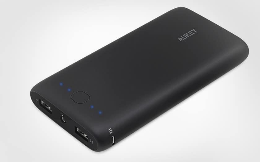 Batterie externe Aukey 20000 mah noire pas chère