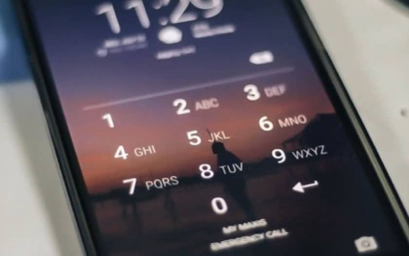 Il est désormais obligatoire de donner le code de son portable — Garde à vue