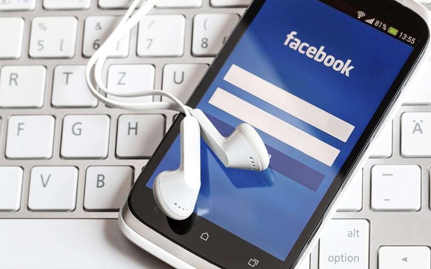 facebook espionner micro smartphone