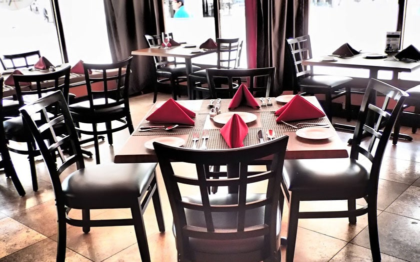restaurant bar google maps