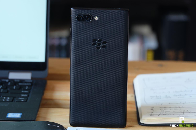 test balckberry key2 design