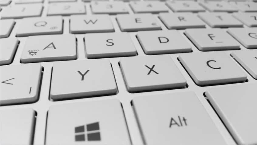 Comment activer le correcteur d'orthographe amélioré sur Google Chrome et Firefox