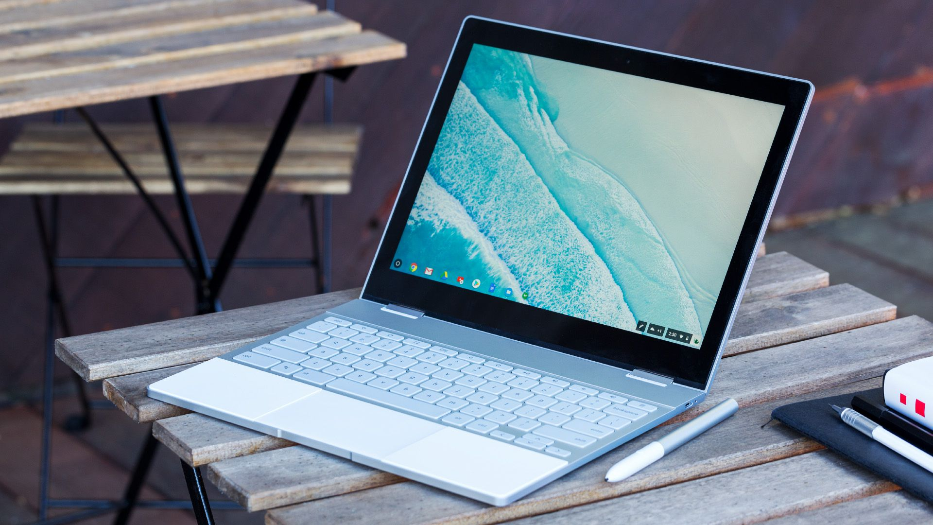 google apple microsoft chromebook