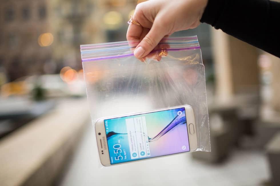 smartphone sac plastique