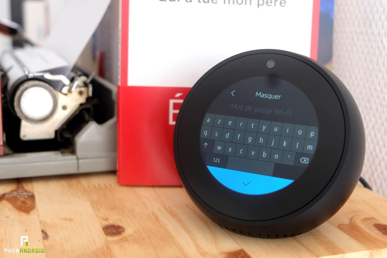 test amazon echo spot clavier