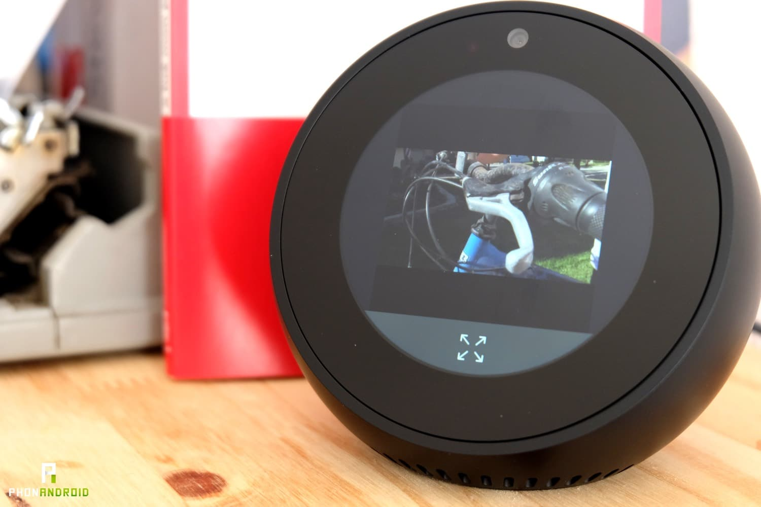 test amazon echo spot video taille