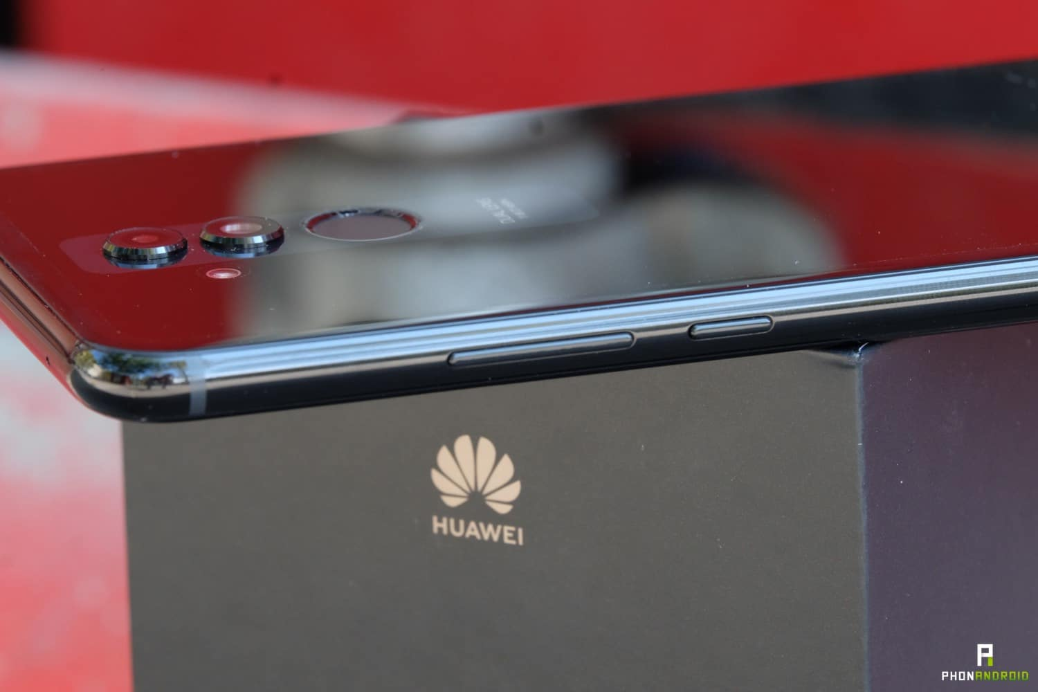prise en main huawei mate 20 lite finitions