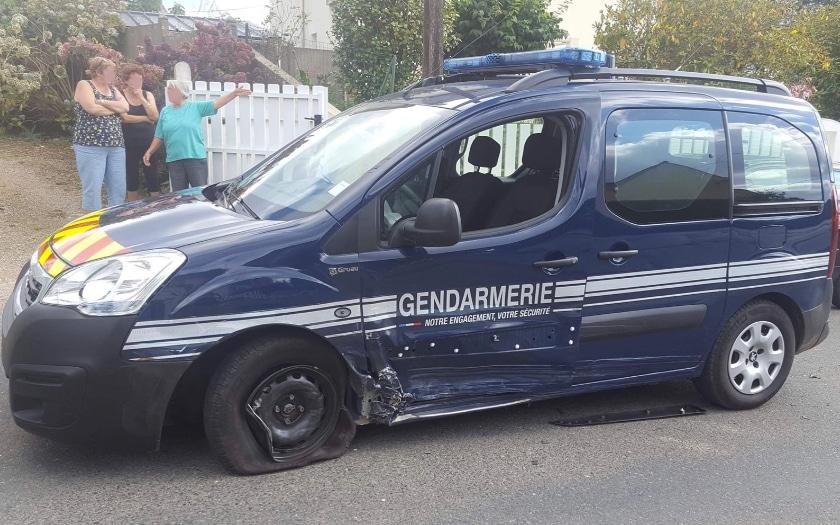voiture gendarme sms