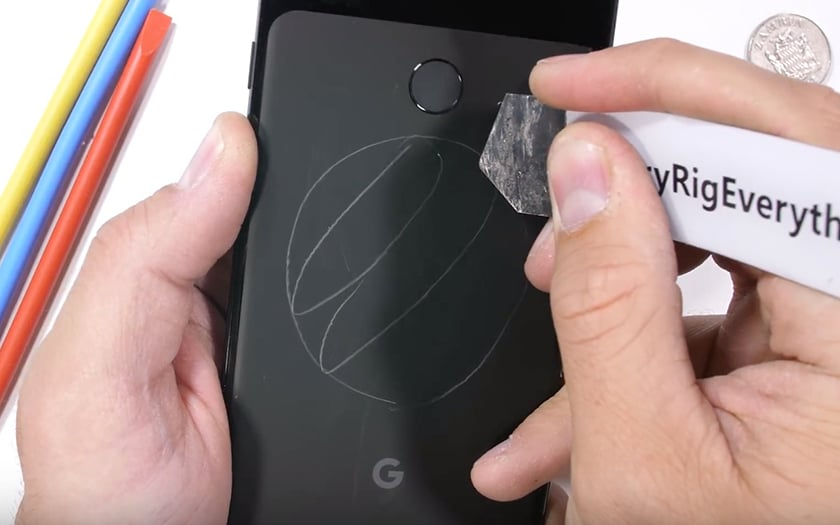 Google Pixel 3 XL scratch test