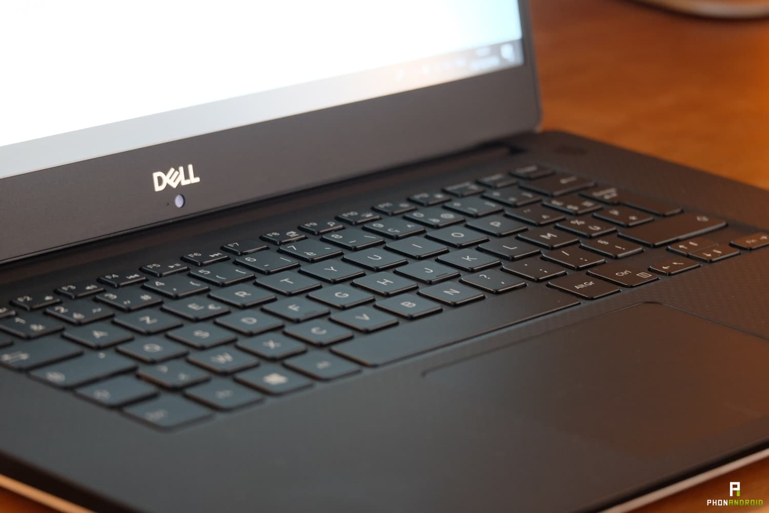 test dell xps 15 2018 trackpad