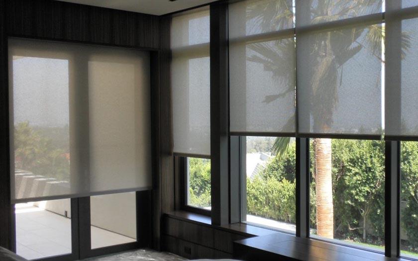 ikea va lancer une gamme de stores enrouleurs connect s pas chers d s 100 euros. Black Bedroom Furniture Sets. Home Design Ideas