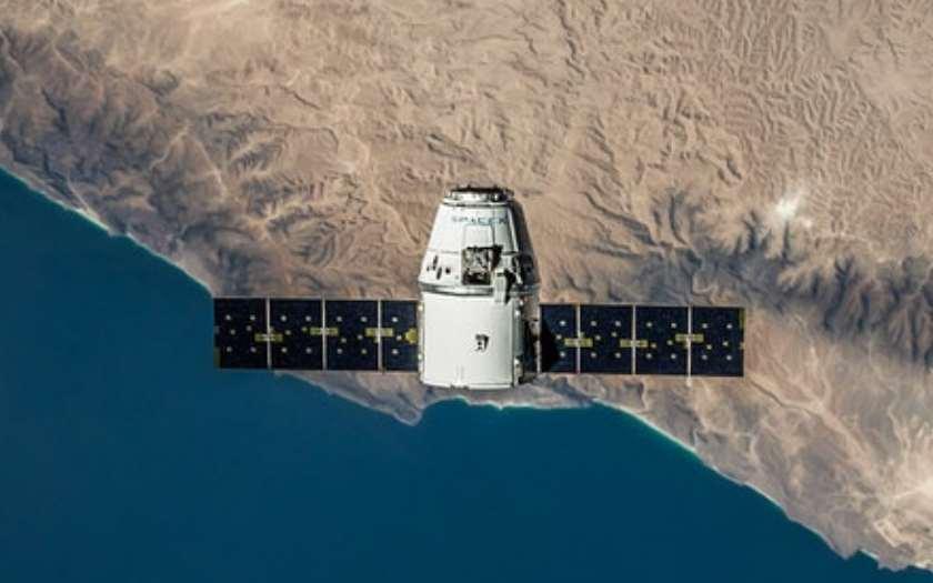 SpaceX 7000 satellites Starlink vont bientôt permettre des accès internet 1 Gbps partout sur Terre
